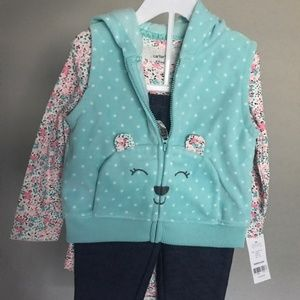 New With Tags Carters 3 Piece Outfit
